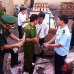 Cán bộ cục Hải quan tp Hà Nội tham ô.Đánh tráo tang vật ngà voi.