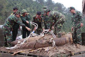 Hàn Quốc tài trợ 20 triệu USD để Việt Nam khắc phục hậu quả bom mìn.