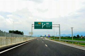 Thông xe cao tốc Tam Kỳ - Quảng Ngãi vào dịp 2/9.